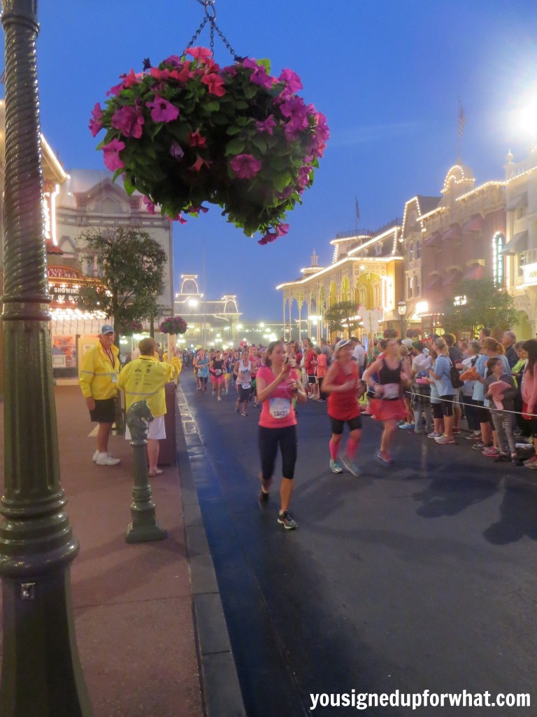 Main Street race pic 1